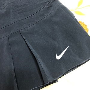NWT Nike Dri-Fit Tennis Skort Black Skirt Workout